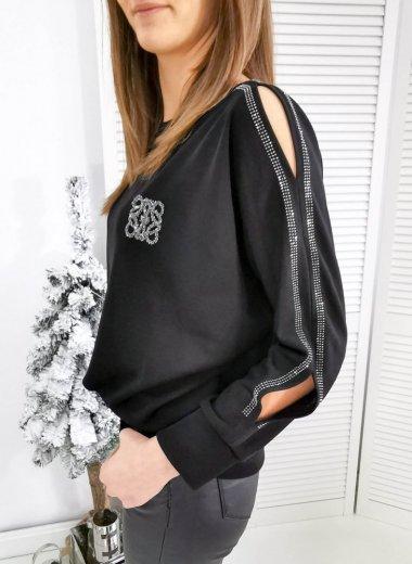 Sweter z rozcięciami i srebrną lamówką z cyrkonii