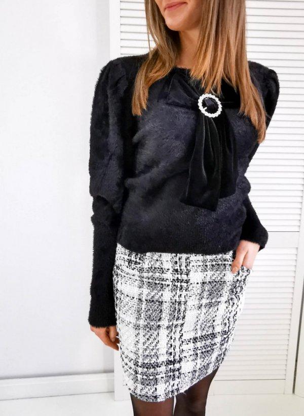 Sweter z kokardą czarny Roanne