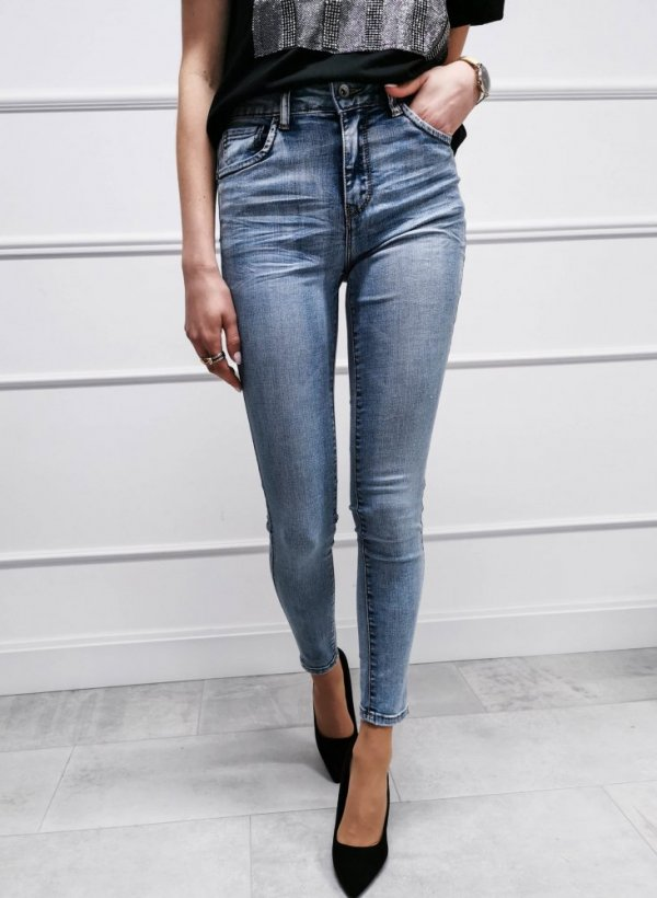 Spodnie jeansowe jasne push up Bayonne