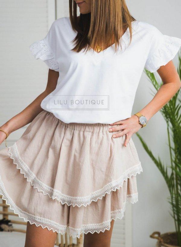 T-shirt/bluzka z falbankowym rękawkiem Cornette biała ażurek