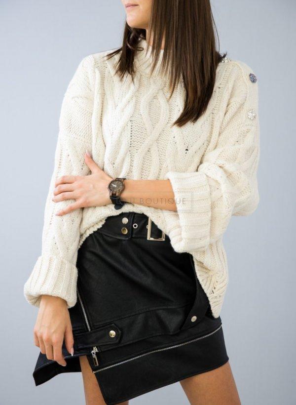 Sweter o grubym splocie z kamieniami beżowy