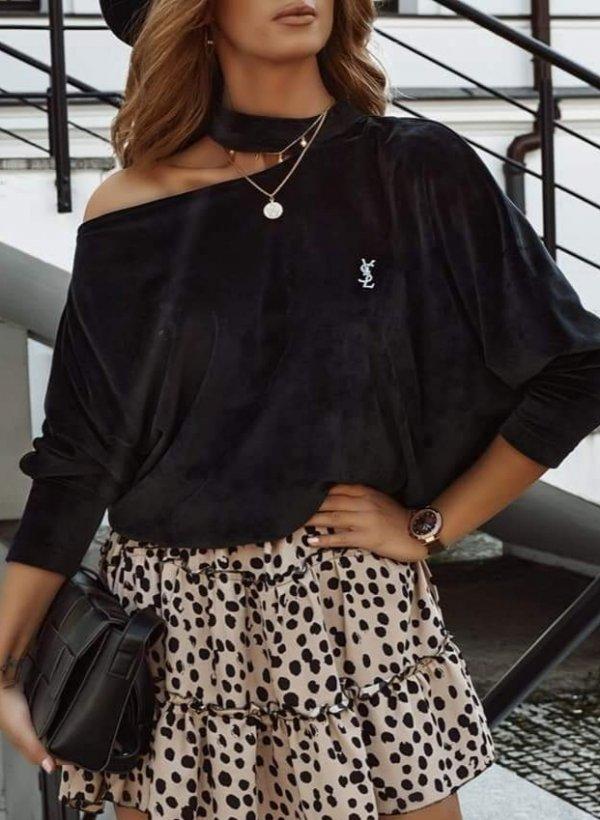 Sweterek aksamit z chockerem czarny