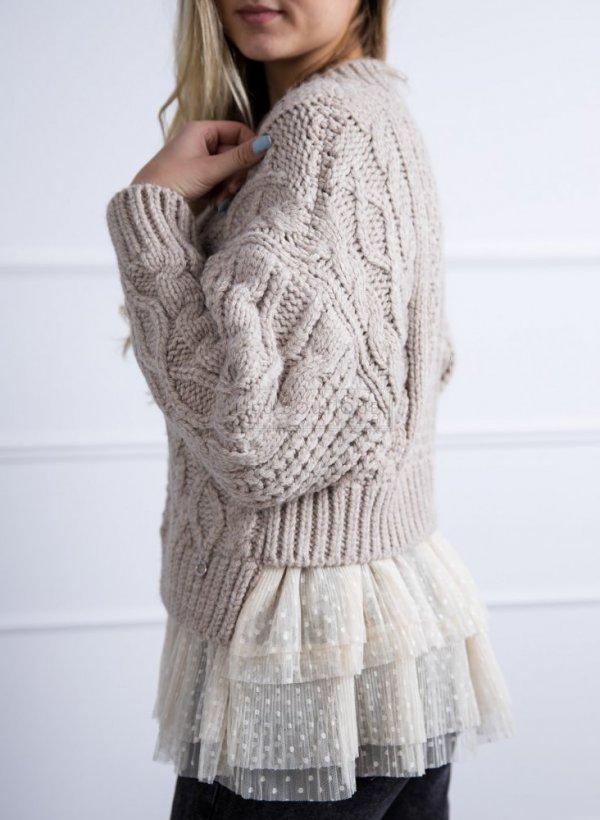 Sweter o warkoczowym splocie z tiulem kakao