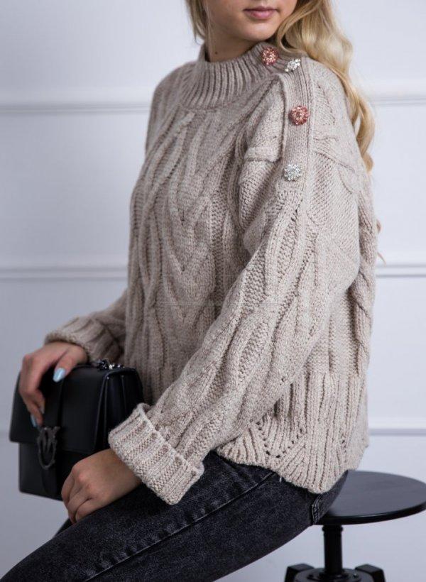 Sweter o grubym splocie z kamieniami kakao