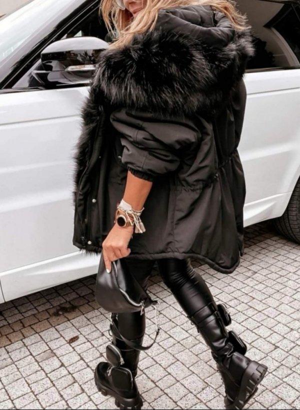 Kurtka z odpinanym futerkiem Eola czarna