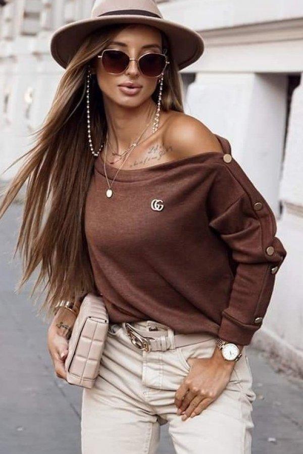 Sweter Buttons z przypinką camel