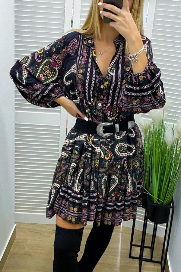 Sukienka o luźnym kroju we wzory multicolor